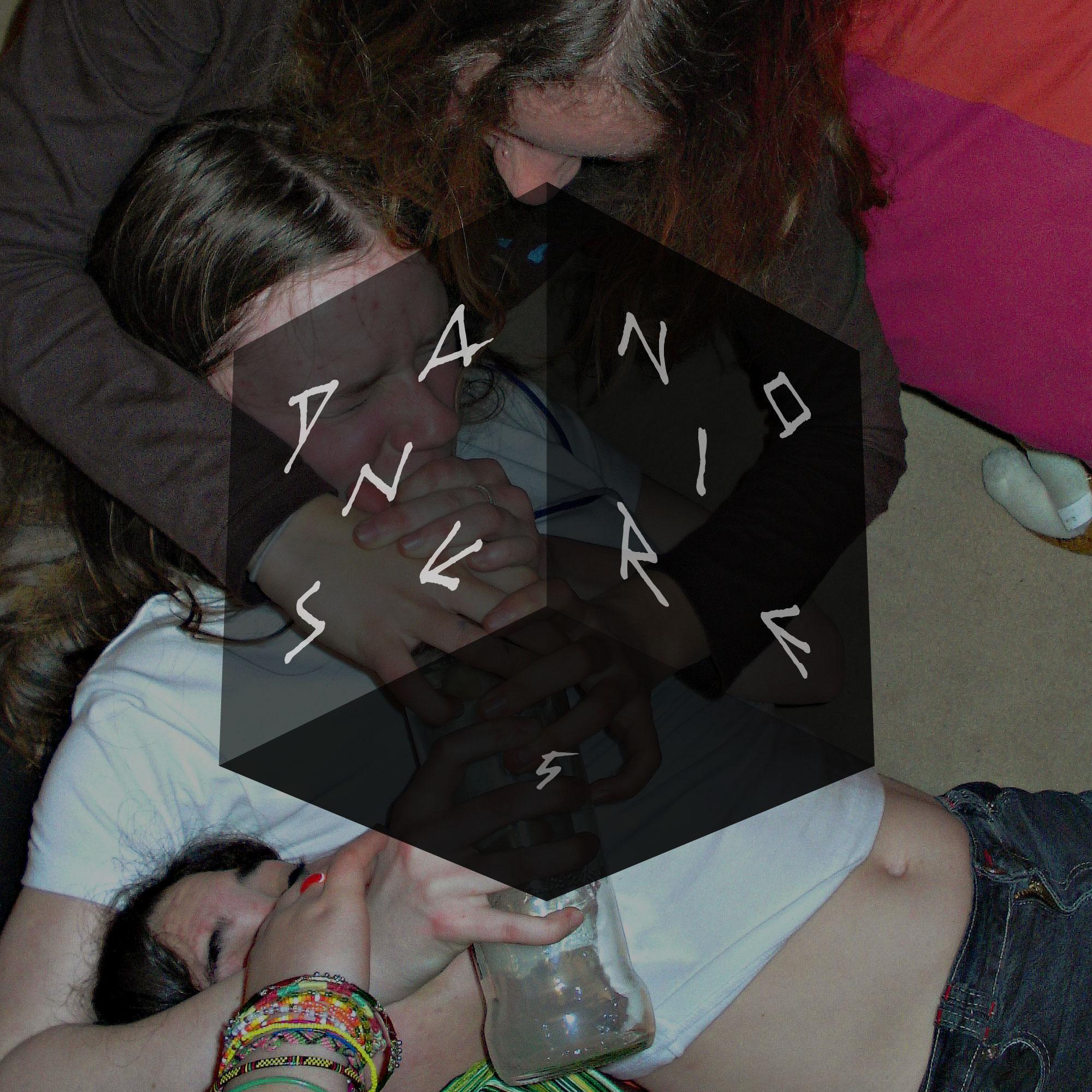 Pochette (digitale) du EP de IVVVO sur Danse Noire