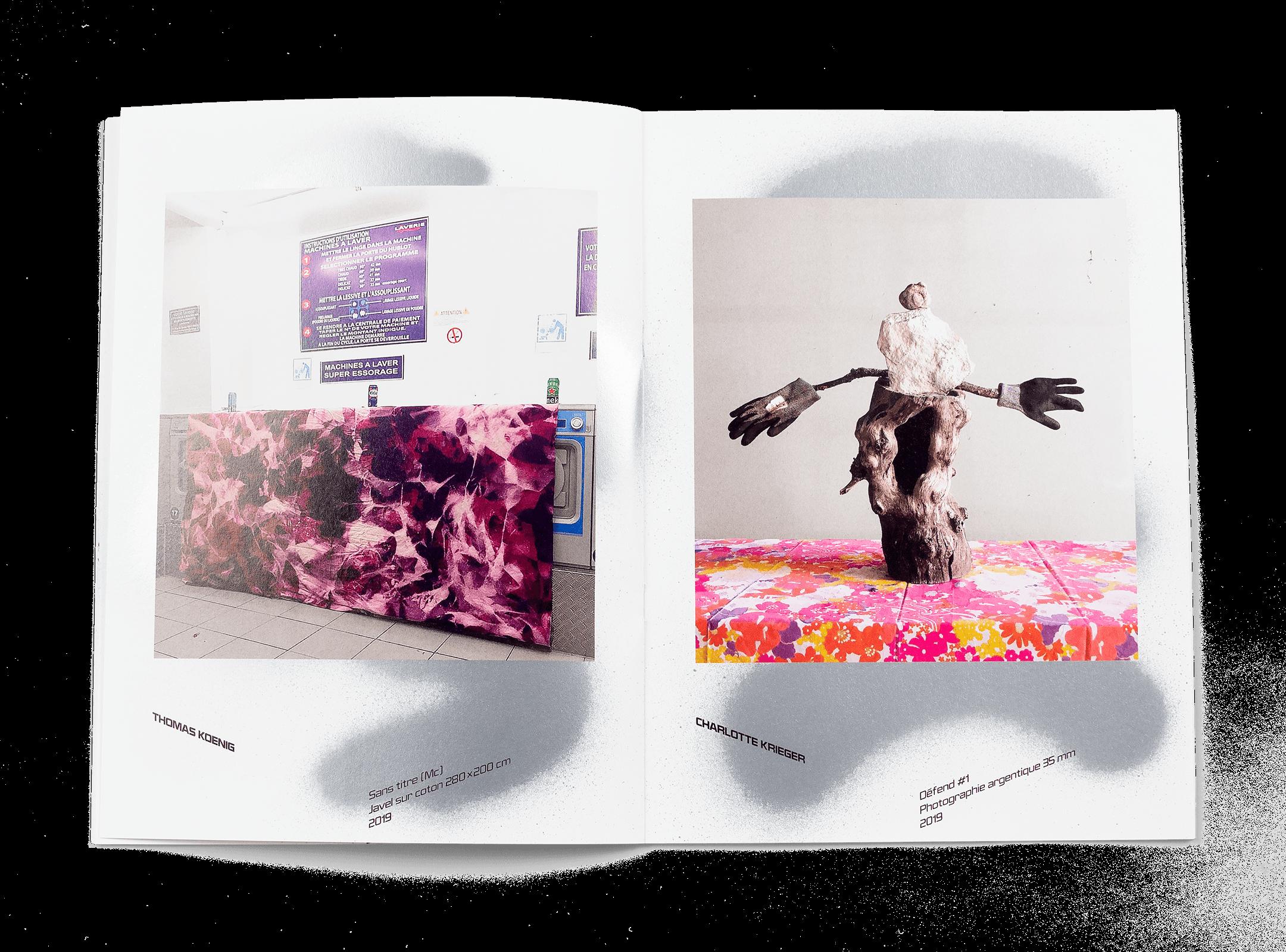 Œuvres de Thomas Koenig et Charlotte Krieger dans la brochure de l'exposition de Simon Paccaud à la Ferme de la Chapelle