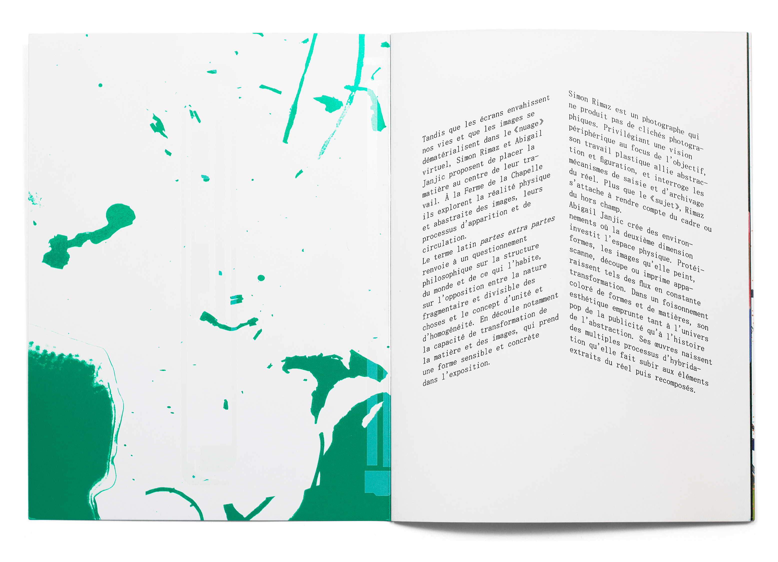 Double page de la brochure de l'exposition de Abigail Janjic et Simon Rimaz à la Ferme de la Chapelle